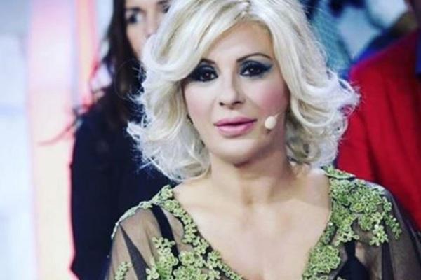 Tina Cipollari gossip: intervista a Verissimo, parole forti contro Gemma Galgani