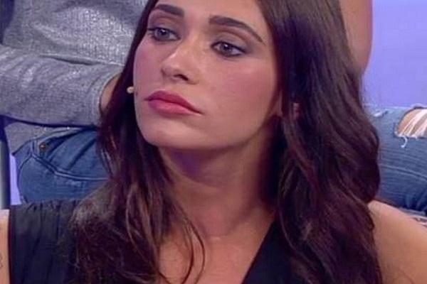Uomini e Donne Oggi Anticipazioni Trono Classico Sonia Lorenzini contro Alessandro e Emanuele
