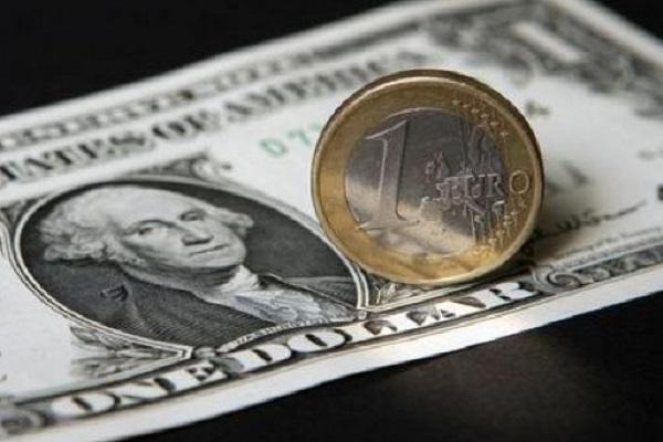 Cambio euro-dollaro febbraio 2017, lieve frenata: previsioni breve e lungo periodo
