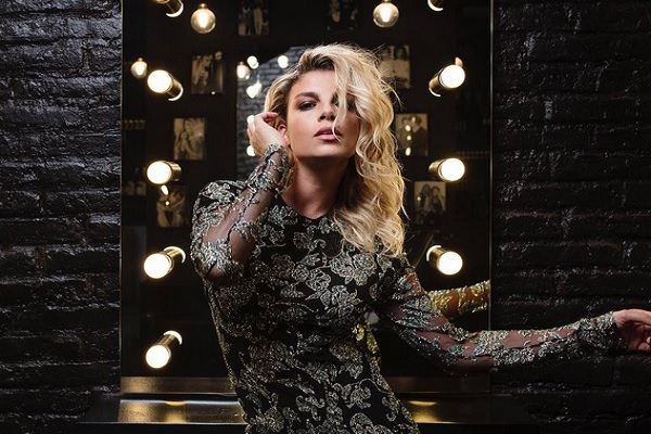 Emma Marrone Instagram: foto ironica dopo Sanremo 2017, la cantante trasformata