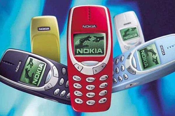 Nokia 3310 di nuovo in vendita? Prezzo e caratteristiche del telefono