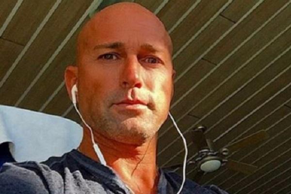 Isola dei Famosi 2017 news: Stefano Bettarini in ospedale, come sta l'inviato?