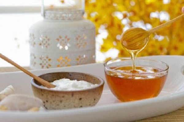 Bellezza e Benessere Scrub viso al miele la ricetta a base di zucchero