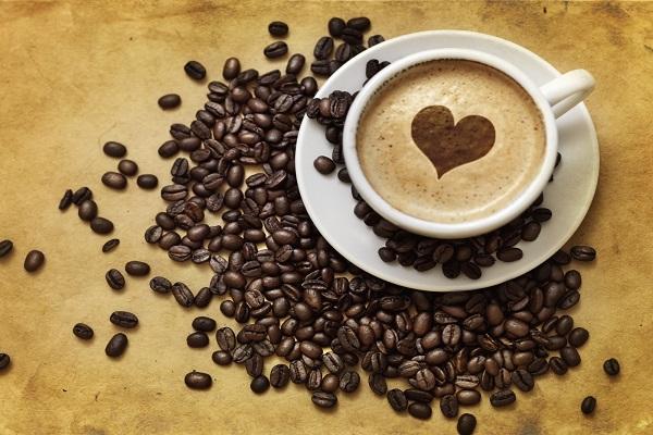 Il caffè fa dimagrire, ecco perché berlo durante le diete