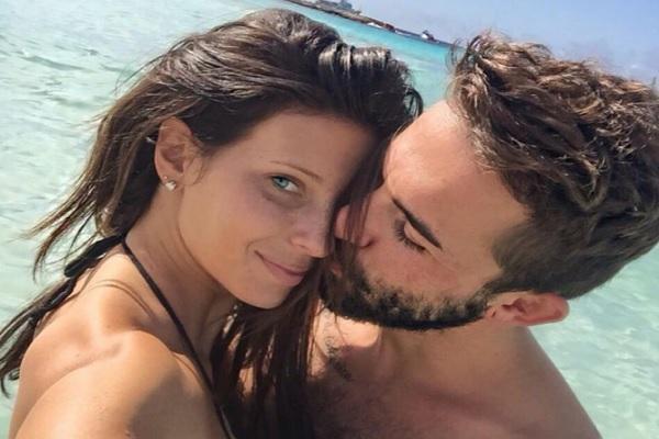 Massimo Ceccherini si sposa sull'Isola dei Famosi 2017, Giulia Calcaterra lasciata dal fidanzato: Dario ti amo