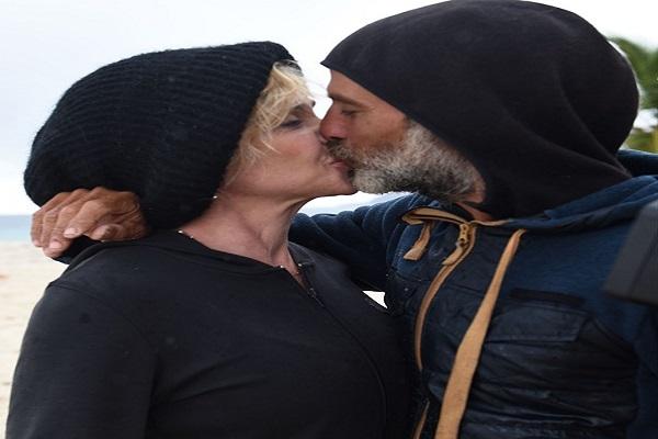 Raz Degan e Paola Barale Isola dei famosi 2017, quanta passione per la coppia...