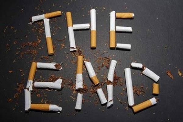 Smettere di fumare con una noce trucco addio sigarette