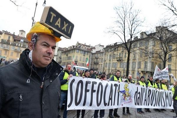sciopero nazionale taxi uber Italia