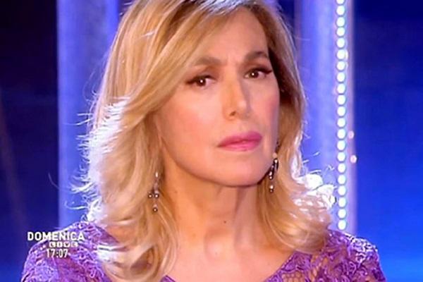 Barbara D'Urso gossip: svelato il suo segreto in diretta tv a Domenica Live