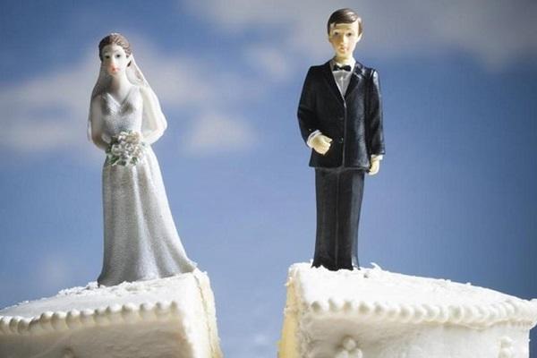 Divorzio, nuovi parametri per l'assegno di mantenimento: rivoluzione della Cassazione