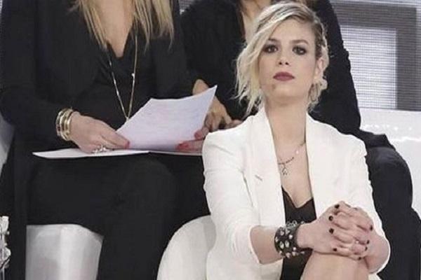 Gossip, Emma Marrone cambia look per Riccardo Scamarcio?
