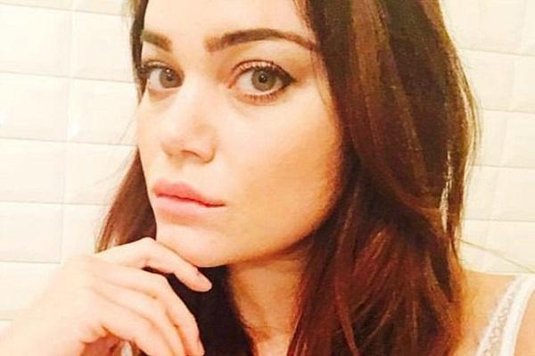 Romina Carrisi Power gossip: la confessione inaspettata sul suo passato