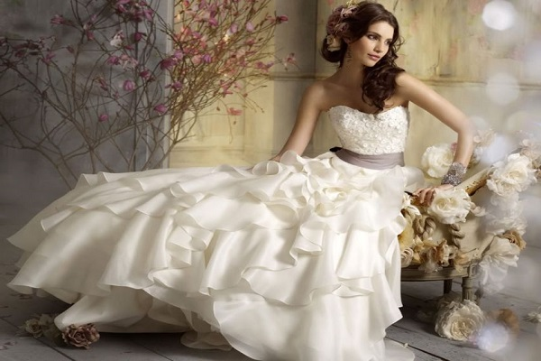 Abiti da sposa online economici offerte low cost per for Cost to rent wedding dress in jamaica