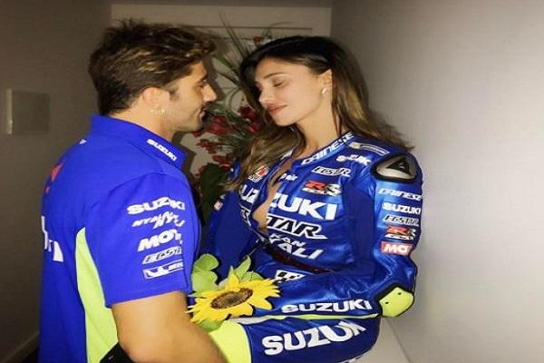Andrea Iannone contro la Suzuki: Belen Rodríguez allontanata dai box