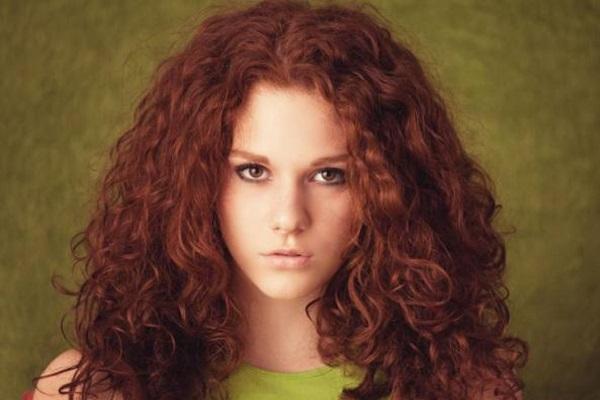 Cancro al seno: c'è un legame con le tinture per capelli?