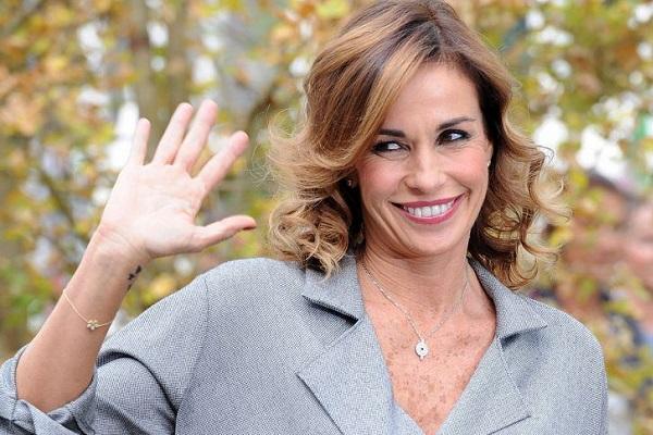 Cristina Parodi conduttrice di Domenica In, il tweet per Massimo Giletti