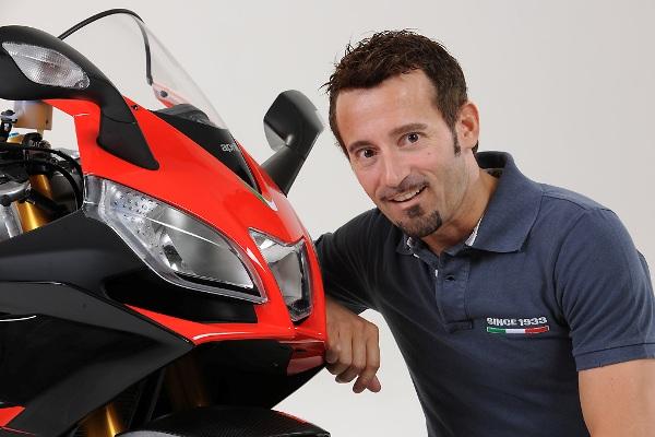 Max Biaggi operato di nuovo dopo l'incidente: il motociclista in rianimazione