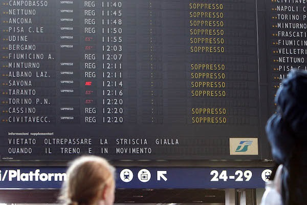 Sciopero trasporti 16 giugno 2017: info fasce di garanzia treni e orari mezzi pubblici e aerei