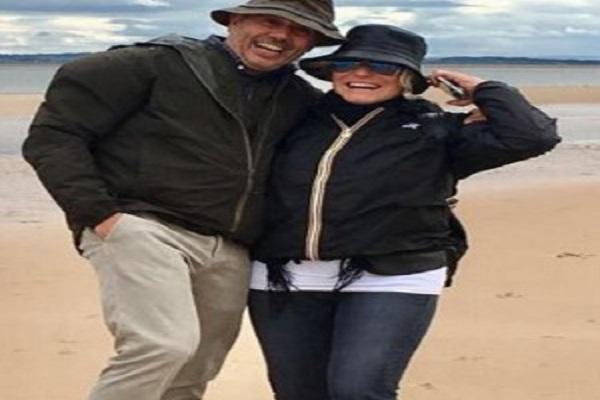Antonella Clerici e Vittorio Garrone, clamorosa dedica d'amore sui social
