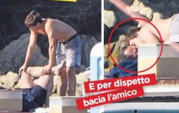 Luigi Berlusconi, bacio sulla bocca a un amico a Villa Certosa