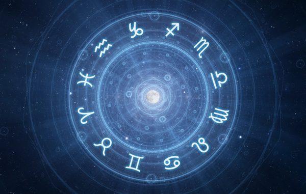 Oroscopo di oggi martedì 12 luglio, le stelle di Paolo Fox