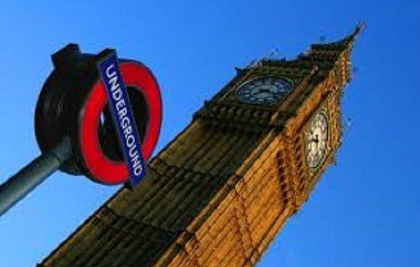 Londra, gli ultimi rintocchi del Big Ben