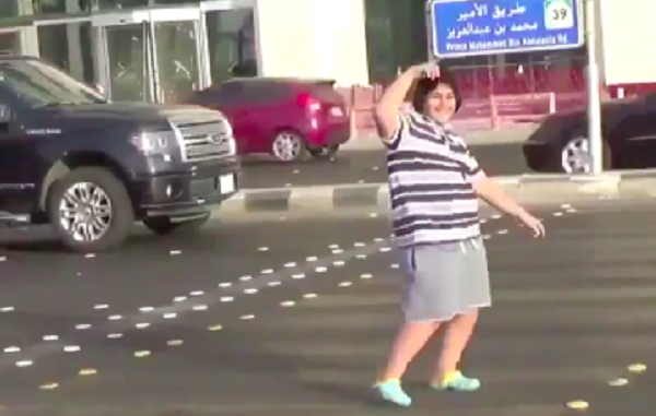 Balla la Macarena per strada: 14enne arrestato in Arabia Saudita