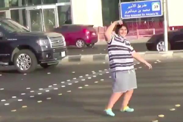 Arrestato ragazzo che balla la macarena