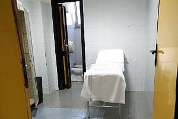 malasanità ospedale Cardarelli di Napoli