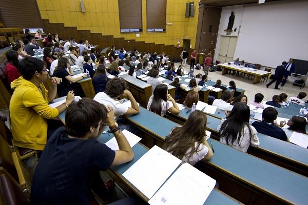 Università, sospesi i test alla Statale di Milano