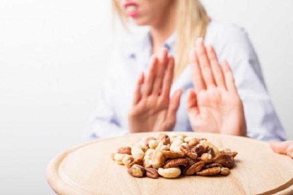 Alimenti ricchi di nichel, le donne devono evitarli: soffrono più degli uomini