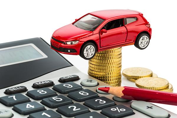 Auto usate, aumentano le aste online: conviene comprarle sul web?