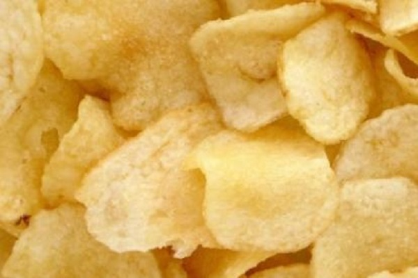 Allarme patatine fritte in busta, contengono acrilammide: quali marche evitare?