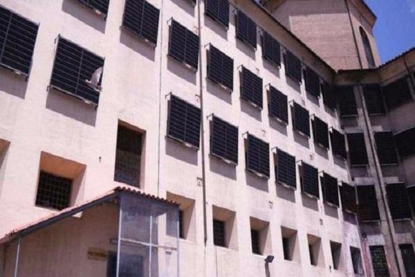 Tre detenuti evasi da carcere di Favignana con una corda di coperte