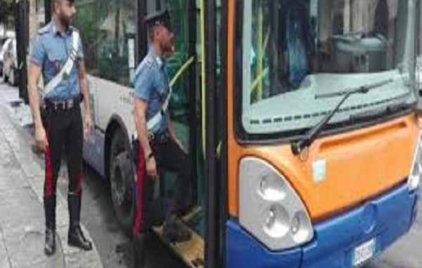 Portogruaro, autista barese aggredita sul bus: salva grazie allo spray al peperoncino