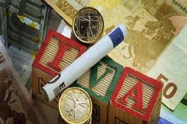 dichiarazione IVA precompilata Agenzia delle Entrate spesometro rimborso IVA