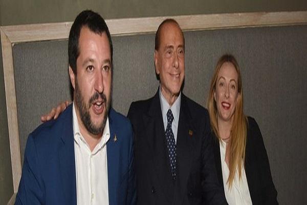 Catania, patto dell'arancino per Berlusconi, Salvini e Giorgia Meloni