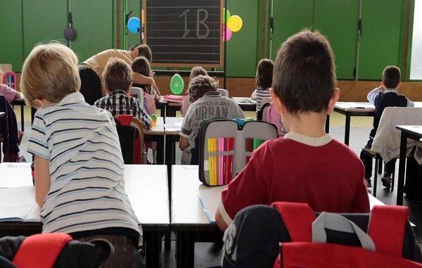 Due maestre arrestate a Piacenza per maltrattamenti su minori