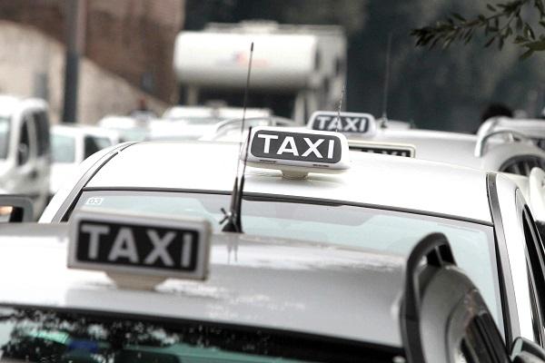 Scioperto dei taxi in Italia, ecco quali sono le città che si fermeranno domani