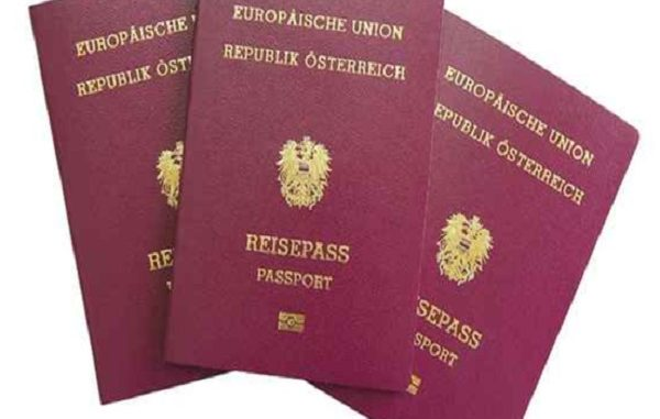Austria, ha giurato nuovo governo Kurz
