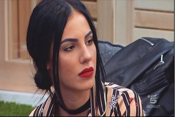 Giulia De Lellis infuriata dopo il GF Vip: Hanno bloccato le mie fanpage