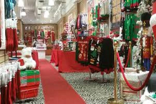 Natale 2017: prezzi aumentano, via al fai da te e acquisti online