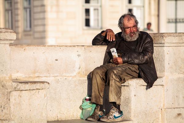 Reddito di Inclusione 2017, come funziona e chi può chiederlo?