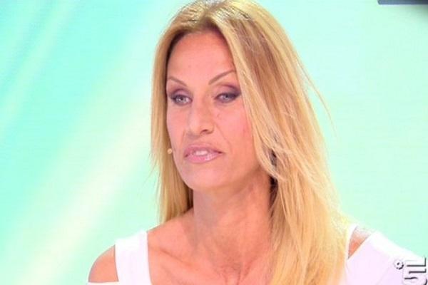 Annalisa Minetti incinta, la figlia avrà la sua stessa malattia?