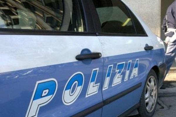 Abusi su figlia adolescente, trovato impiccato il padre accusato