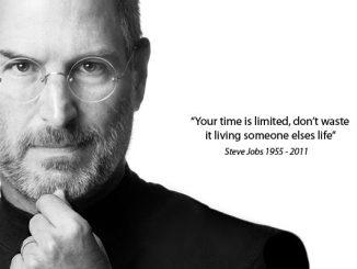 Steve Jobs, tre cimeli all'asta: anche il CV scritto a mano