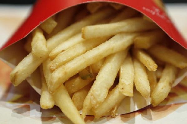 Patatine fritte contro la calvizie, il rimedio giusto