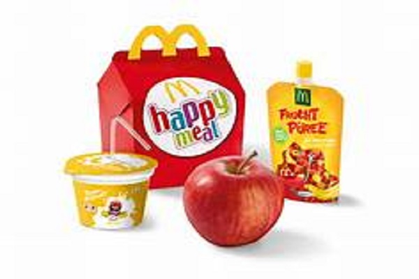 Cambio menù per bambini al McDonald's, l'Happy Meal diventa salutista