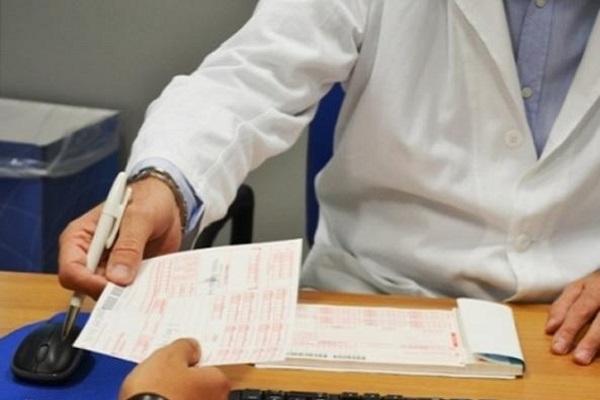 Carenza medici, blocco del turn over: italiani senza medico di base