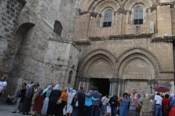 Chiude la Basilica del Santo Sepolcro a Gerusalemme per protesta